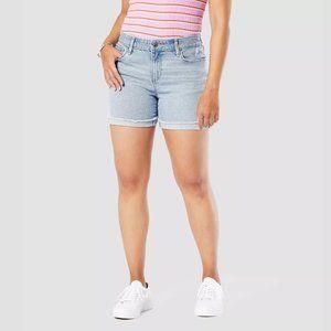 "DENIZEN Levi's Women's Mid-Rise 5"" Jean Shorts"